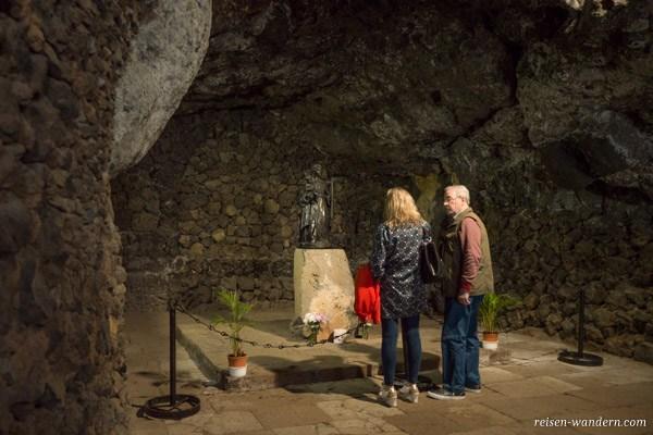 Grotte mit dem Heiligtum in Candelaria