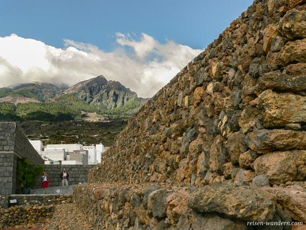 Eingang zu den Pyramiden von Güímar
