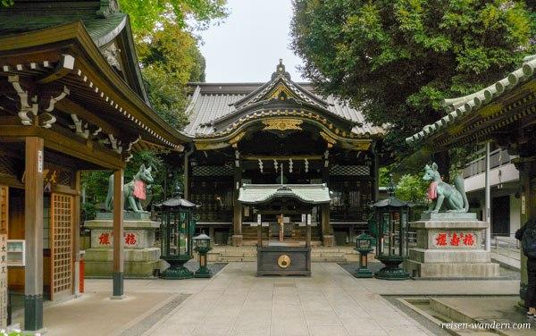 Toyokawa Inari Tempel Tokyo Betsuin in Asaksa