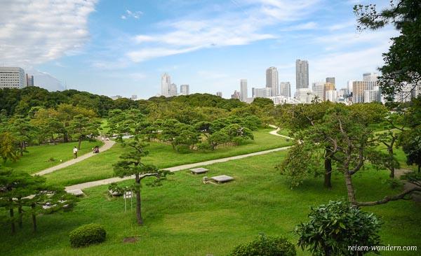 Skyline Tokio vom Hamarikyu Garden