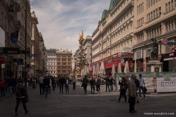 Die Pestsäule auf dem Graben  in Wien