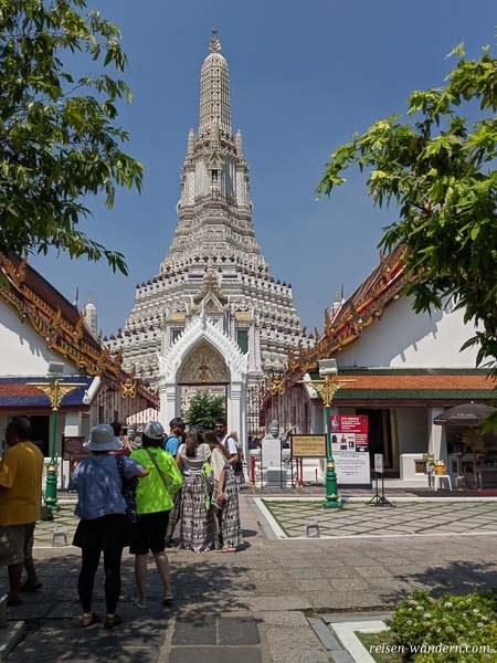 Tempel Wat Arun Ratchawararam Ratchawaramahawihan in Bangkok