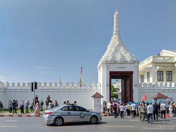 Eingang zum Großen Palast in Bangkok