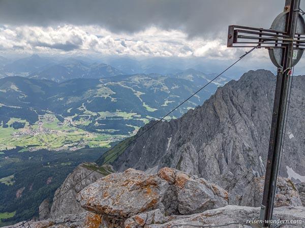 Gipfelkreuz auf dem Ellmauer Halt im Wilden Kaiser