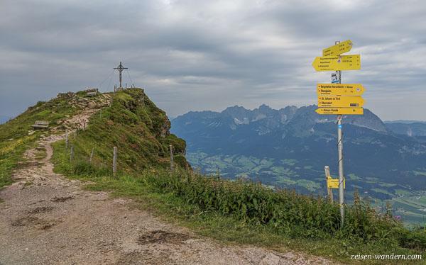 Klettersteig Kitzbühel : Kurzer anstieg klettersteig kitzbüheler horn bei kitzbühel