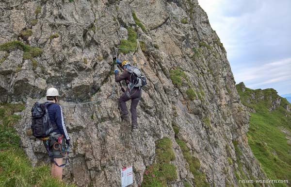 Klettersteig Kitzbüheler Horn : Einstieg klettersteig kitzbüheler horn