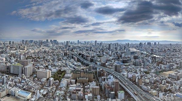 Blick auf Osaka vom Art Hotel Osaka Bay Tower