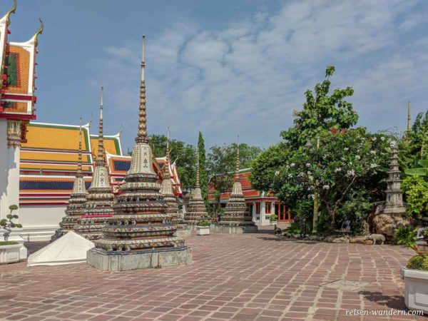 Wat Phra Chetuphon in Bangkok