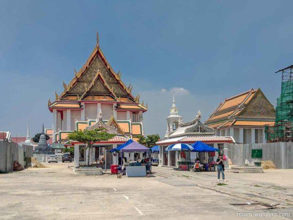 Wat Kalayanamit Woramahawihan in Bangkok