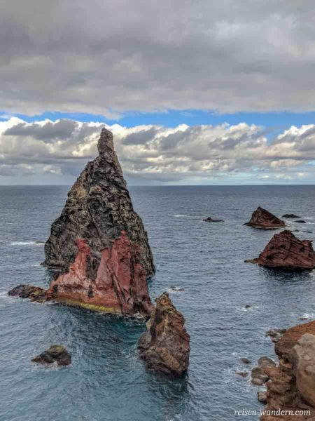 Felsen an der Nordspitze von Madeira