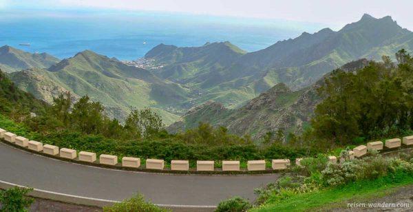 Blick von der Straße auf das Anaga Gebirge