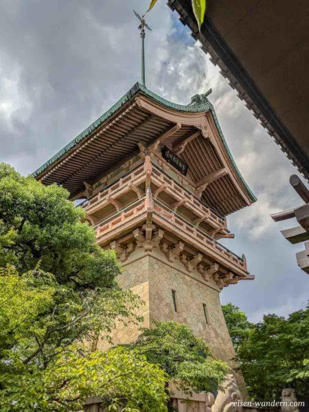 Turm des Daiunin Tempel