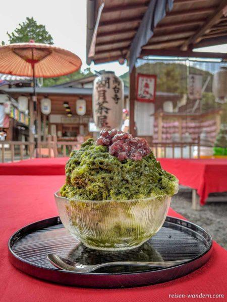 Grünes japanisches Wassereis Kakigōri