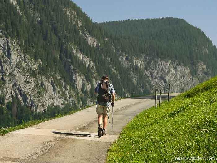 Wanderer auf dem Weg zum Hochkranz
