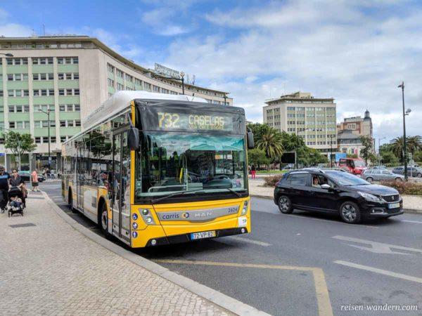 Bus des öffentlichen Nahverkehrs in Lissabon