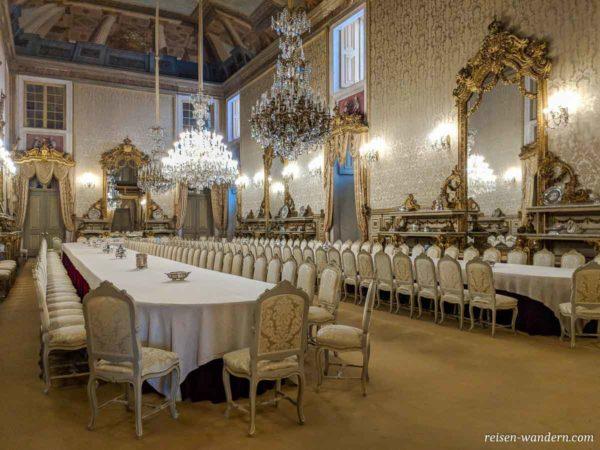 Speiseraum im Palast Palácio Nacional da Ajuda