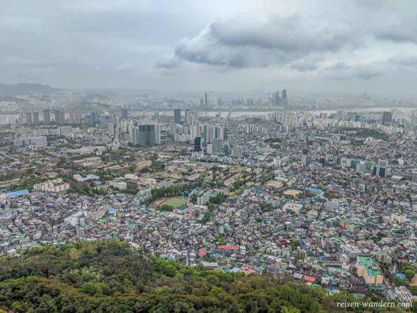Seoul mit Blick nach Süden vom N-Seoul Tower