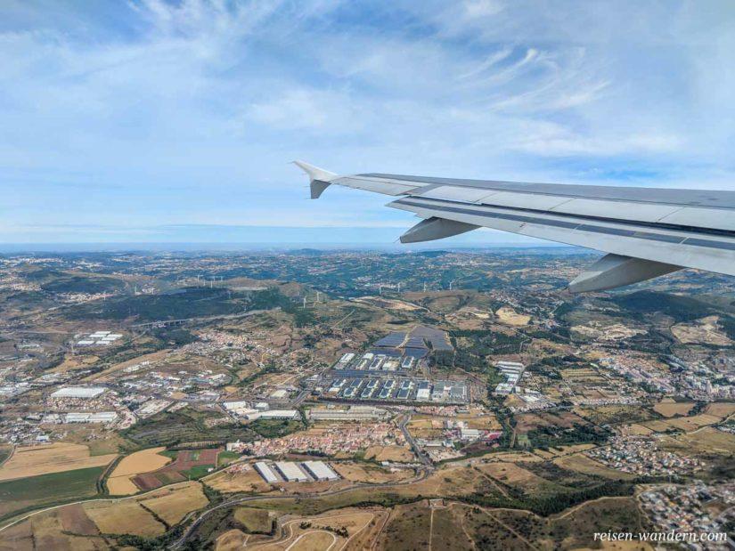 Außenansicht aus Flugzeug über Portugal