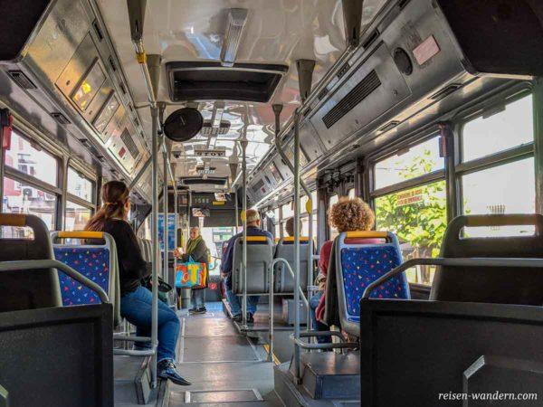 Innenaufnahme Straßenbahn in Lissabon