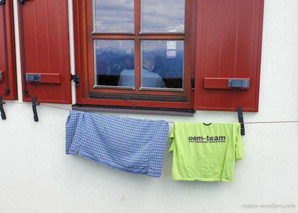 Wäsche zum Trocknen beim Guttenberghaus