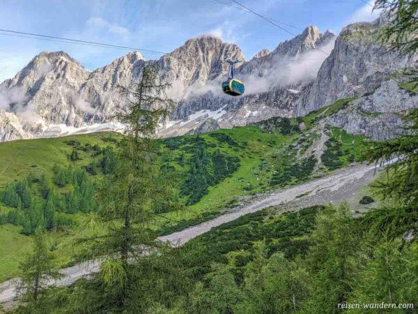 Seilbahn der Gletscherbahn zum Dachstein Gletscher