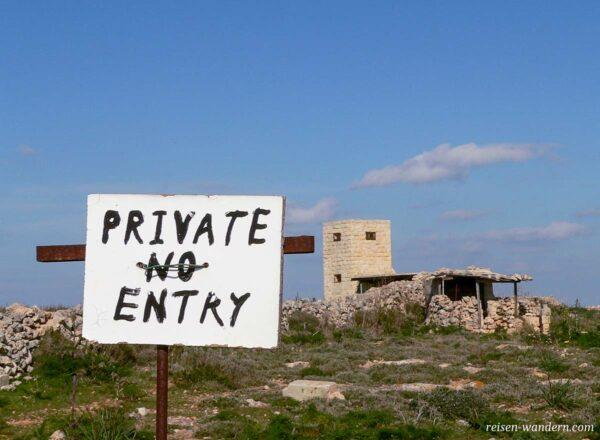Eintritt verboten Schild auf Malta