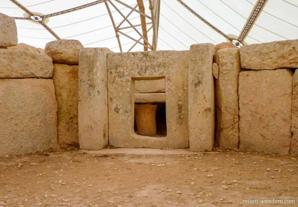 Steintür beim Hagar Qim Tempel