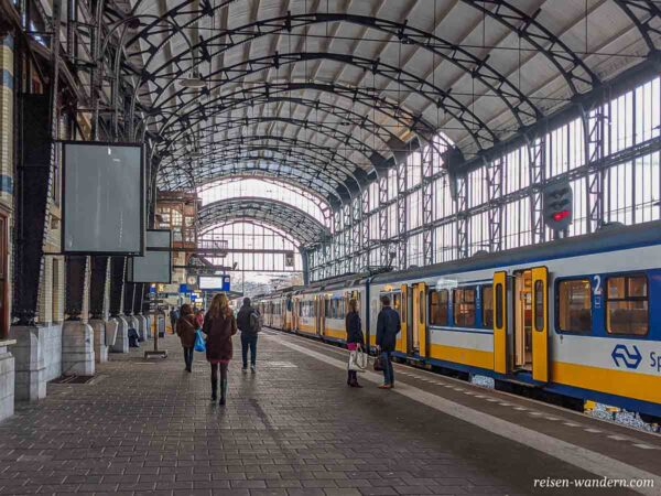 Bahnhof von Haarlem