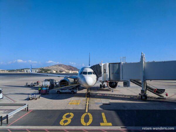 Flugzeug am Flughafen von Gran Canaria