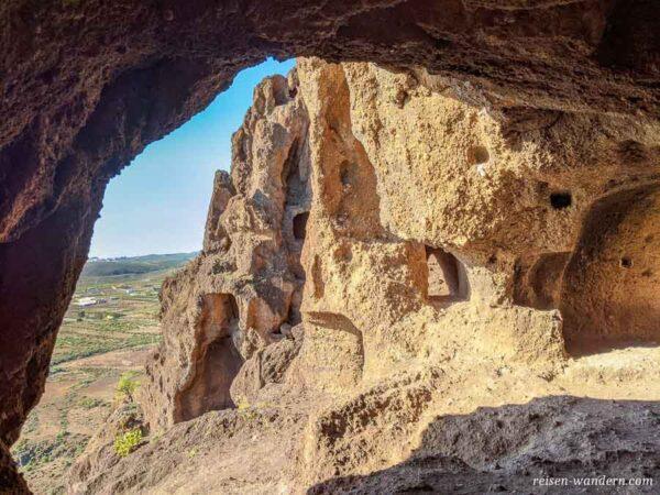 Höhlenwohnungen der Guanchen am Cuatro Puertas