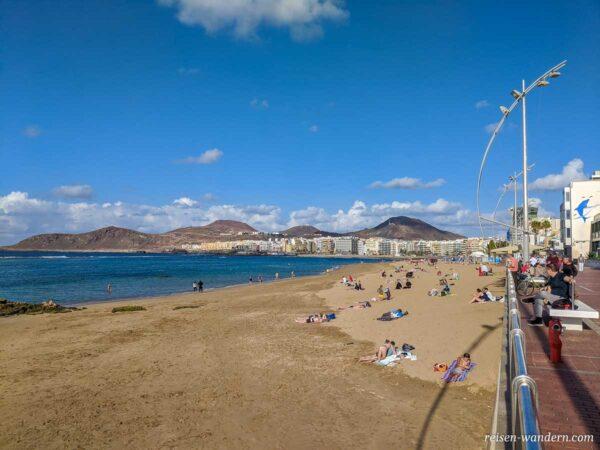 Strand Playa de las Canteras in Las Palmas