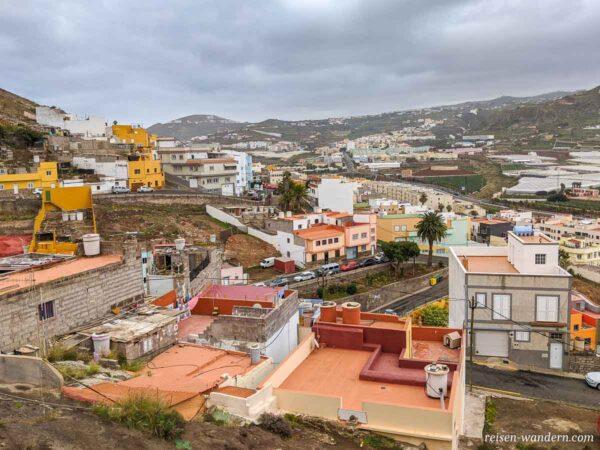 Blick über die Dächer des neugebauten Viertel von Galdar
