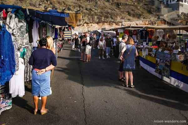 Freitagsmarkt in Puerto de Mogan