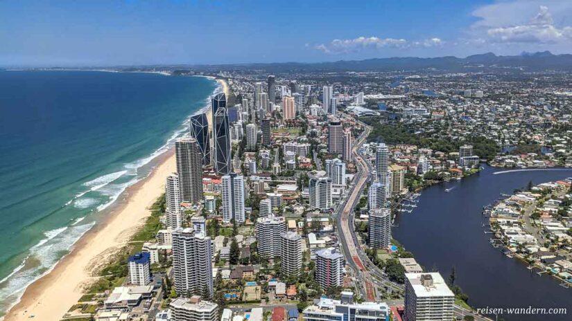 Blick von der Aussicht des Skypoint auf den Süden der Gold Coast