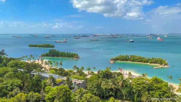 Panorama des Siloso Beach mit Buchten in Singapur