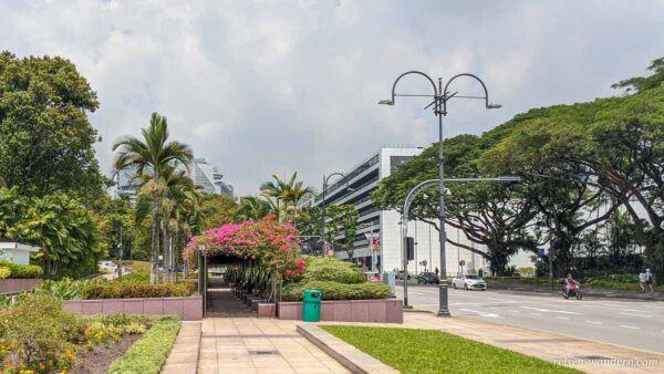 Kleine Parkanlage an der Orchard Road