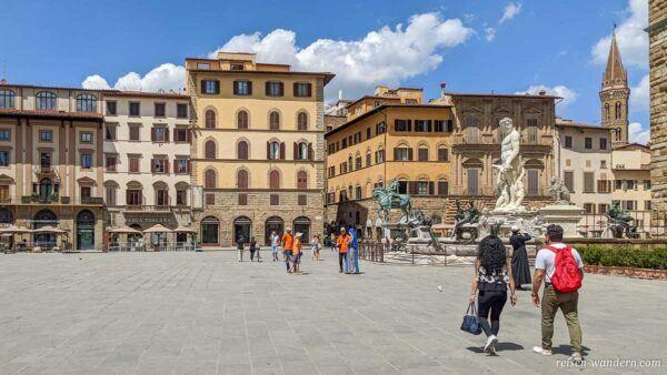 Platz Piazza della Signoria mit Neptunbrunnen