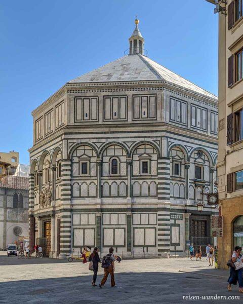 Basilika Baptisterium San Giovanni