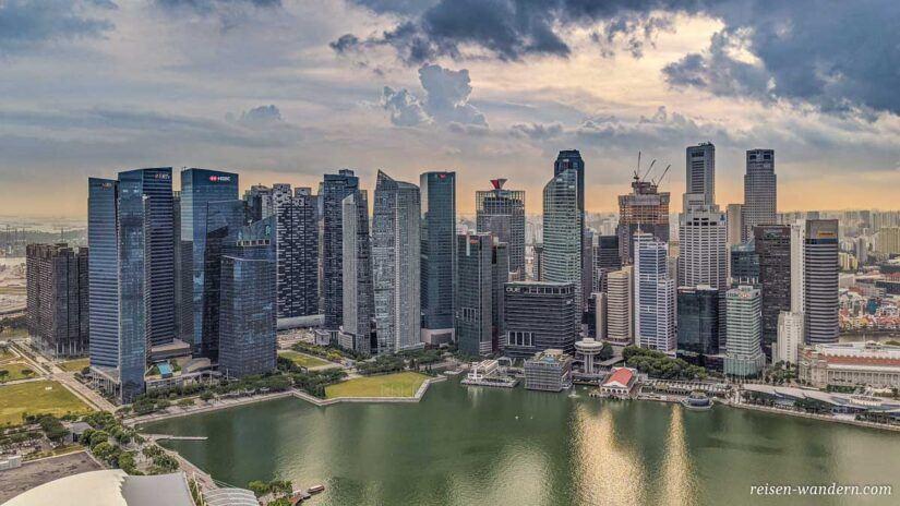 Blick auf Skyline von Singapur