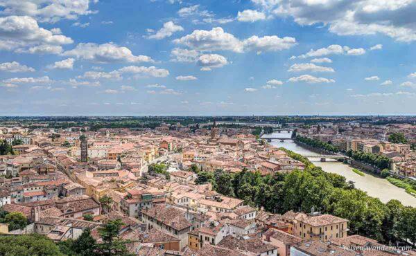 Blick vom Castel San Pietro auf Verona