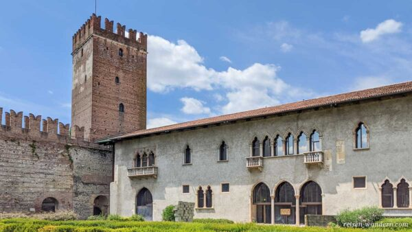 Turm der Burg Castelvecchio