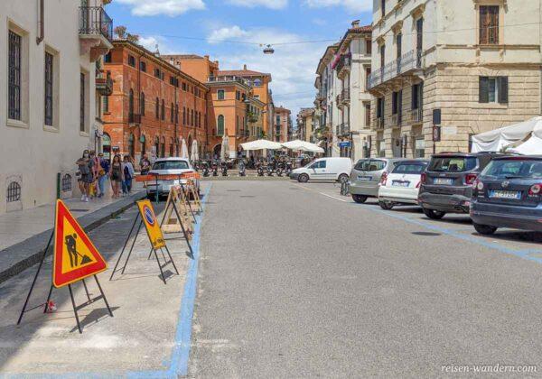 Parkplätze am Stadtrand von Verona