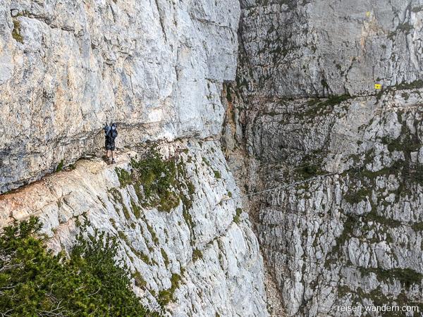 Felsband am Klettersteig Via Ferrata Delle Aquile
