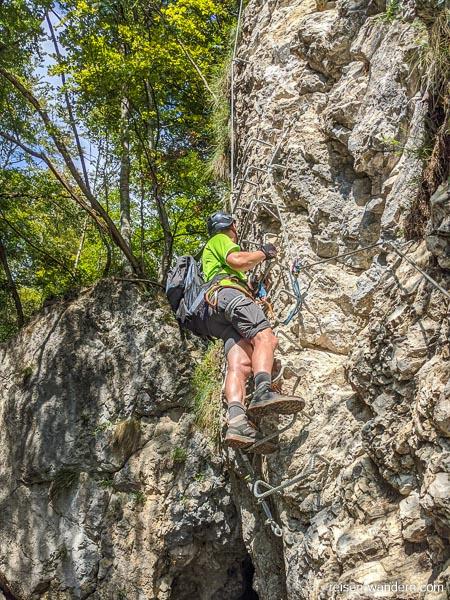 Letzte Felswand vor Ausstieg am Klettersteig