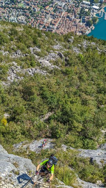 Blick von der ersten Leiter auf Riva del Garda