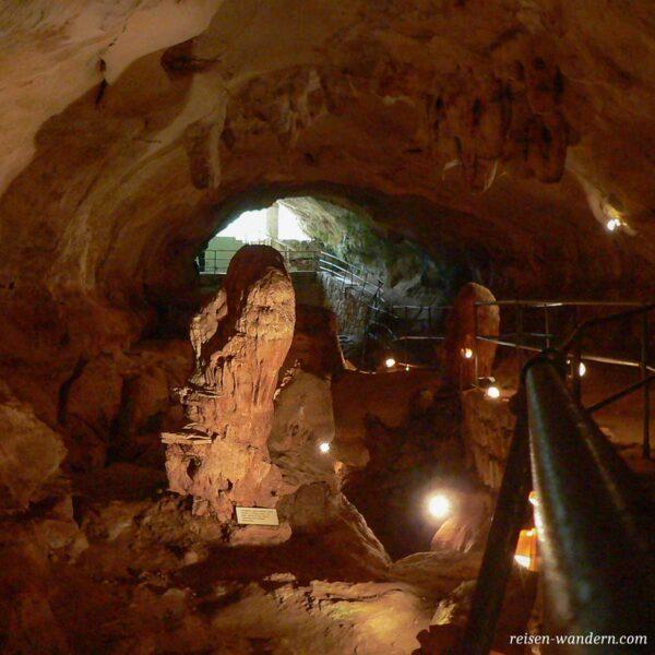 Blick in die Höhle Ghar Dalam