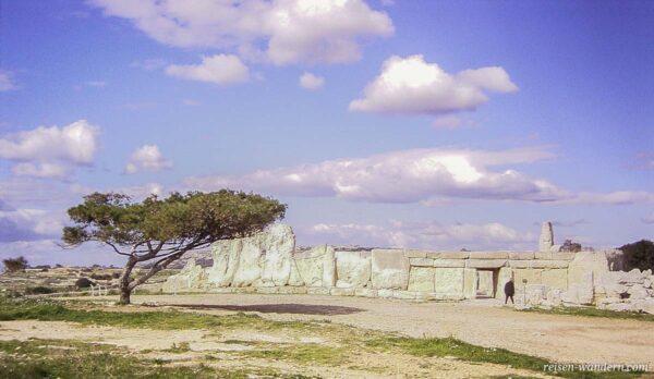 Zugang zum Hagar Qim Tempel in 2005