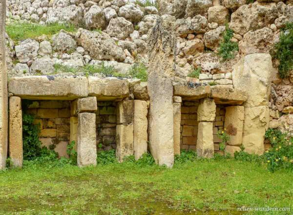 Steinkammern im Ggantija Tempel