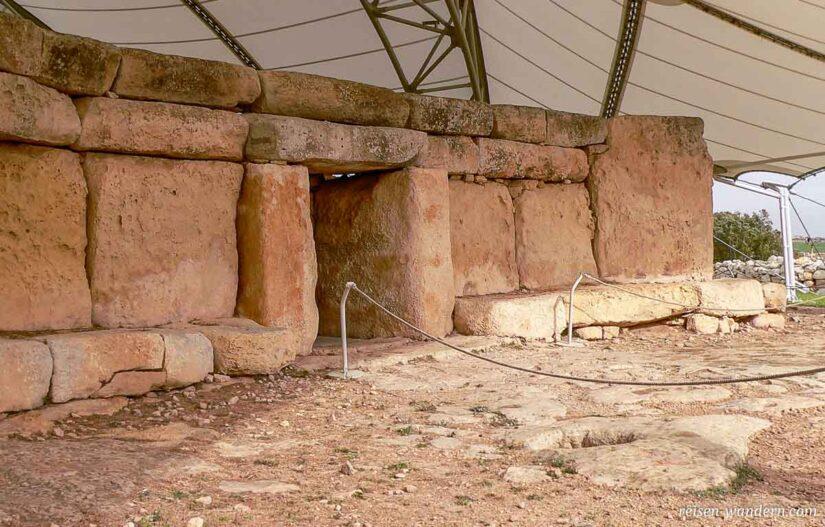 Zugang zum Hagar Qim Tempel in 2010