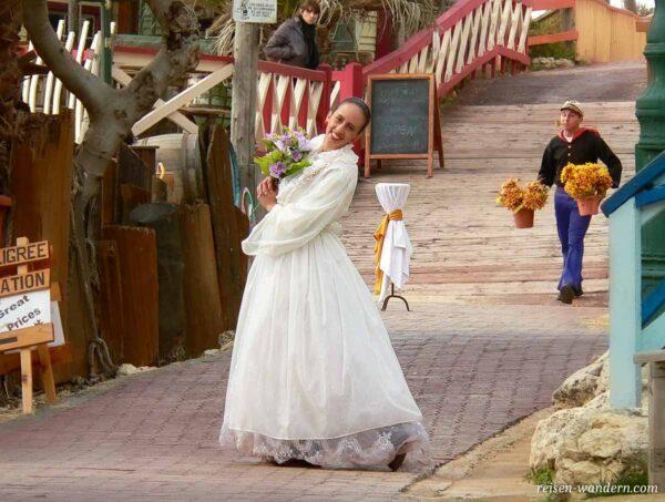 Darstellerin von Olivia Oyl in Popeye Village